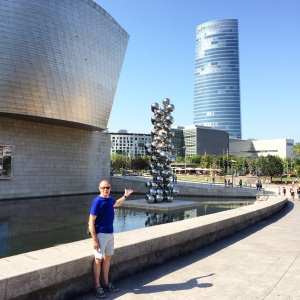 The Guggenheim museum at Bilbao with several sculpures out front